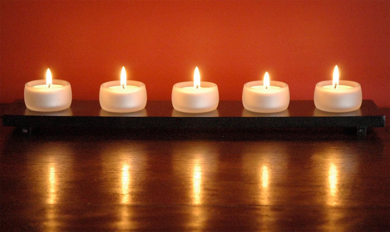 lumanari pentru masaj ayurvedic